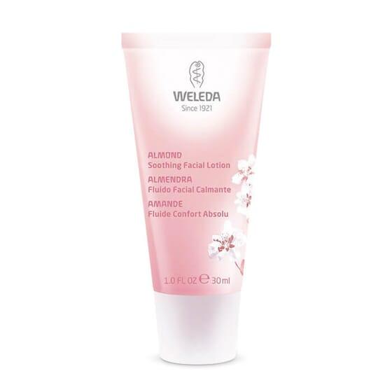 Fluide Confort Absolu à l'Amande hydrate et apaise les peaux sensibles.