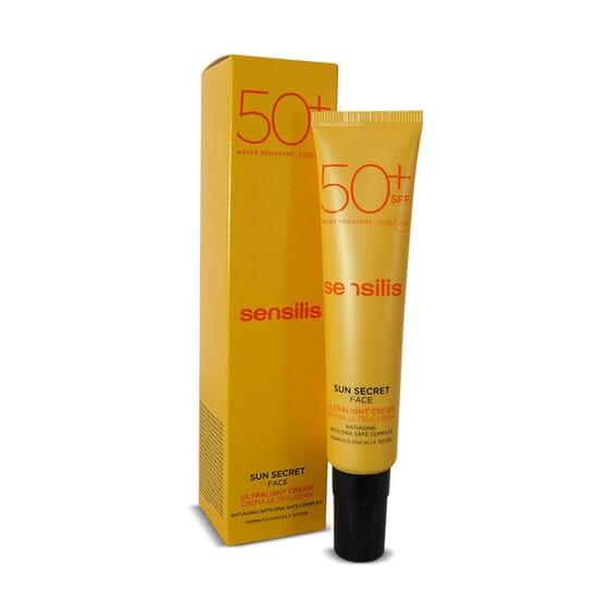 Sun Secret Face Crème Ultra Légère SPF50+ prévient du photo-vieillissement.