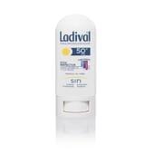 STICK PROTECTEUR ZONES SENSIBLES ET CICATRICES SPF50+ 8 g de Ladival