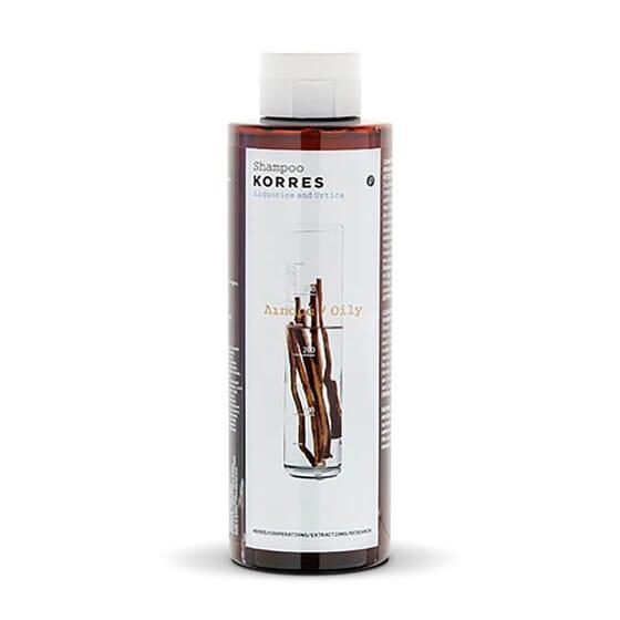 Le shampooing au réglisse et ortie de Korres régularise la sécrétion de graisse.