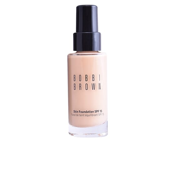 Skin Foundation SPF15 #Beige  30 ml de Bobbi Brown