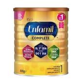 Enfamil Premium 1 é um leite de iniciação adaptado às necessidades dos bebês.