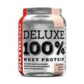 Deluxe 100% Whey Protein 900g de Nutrend