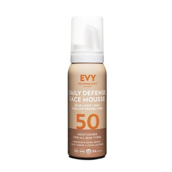 Daily Defense Face Mousse SPF50 75 ml de EVY TECHNOLOGY